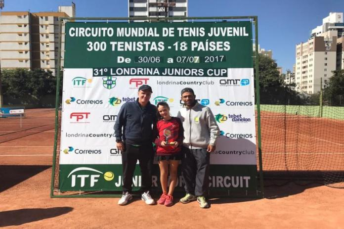 Tenistas de Itajaí são campeões do Curitibano Open