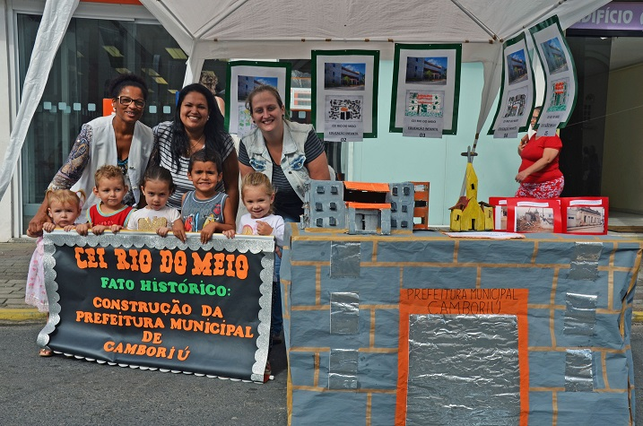 2ª Tarde Literária estimula produção de trabalhos sobre o folclore em Camboriú