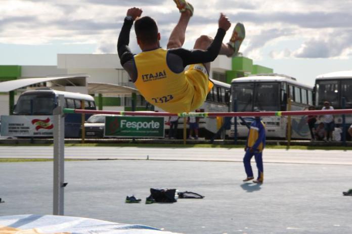 Atletismo de Itajaí conquista 3º lugar no Campeonato Estadual Sub 14 e 16 1