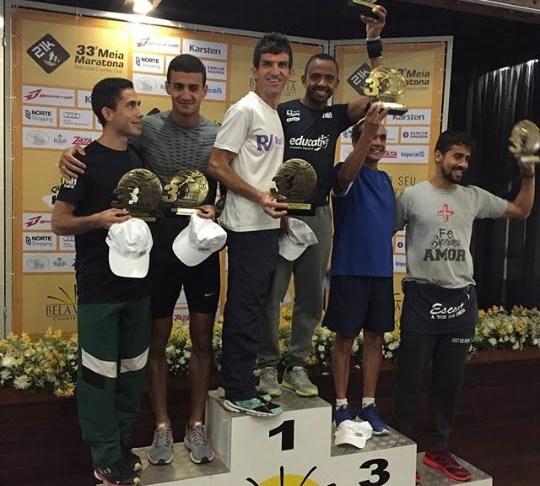 Dupla de Camboriú conquista bicampeonato em meia maratona de corrida