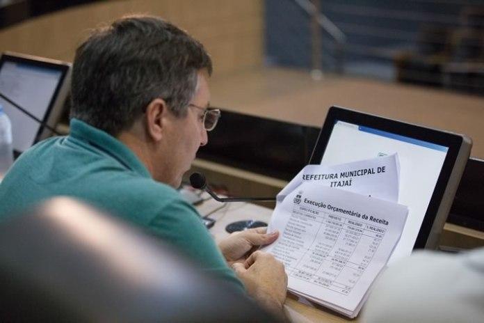 Prefeitura apresenta receita e despesas na Câmara
