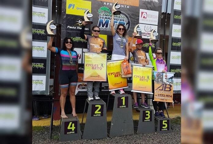 Ciclista de Camboriú fatura ouro em etapa de campeonato de Mountain Bike