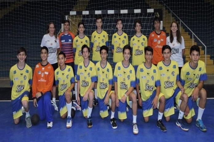 Categorias de base do handebol masculino conquistam troféus no Estadual e Copa SC