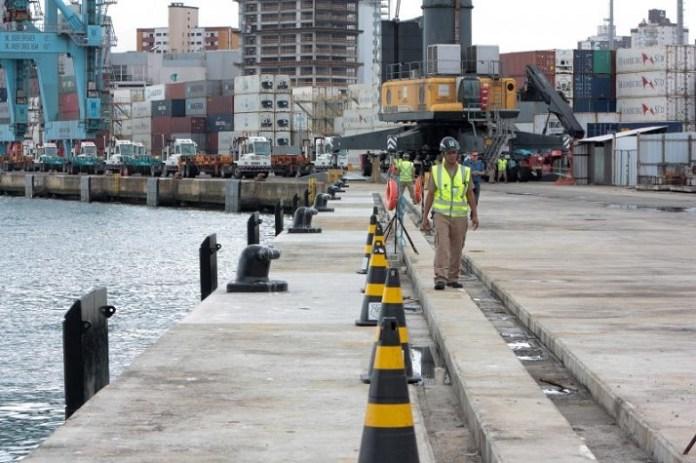 Retomada das operações dos berços 1 e 3 triplica capacidade de carga do Porto de Itajaí