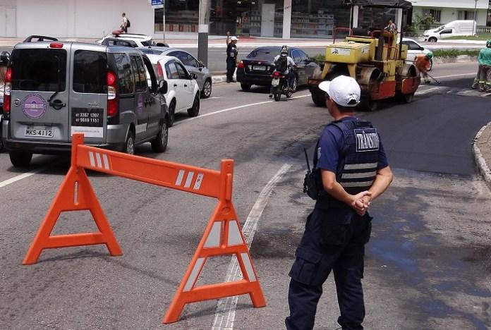 Obras Requalificação das vias Av Marthin Lither com Estado14 02 18 Foto Celso Peixoto 5