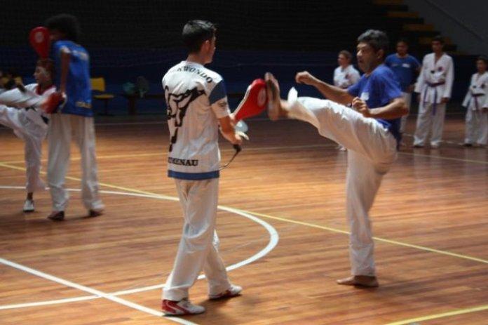 Taekwondo de Itajaí promove intercâmbio em preparação ao Grand Slam