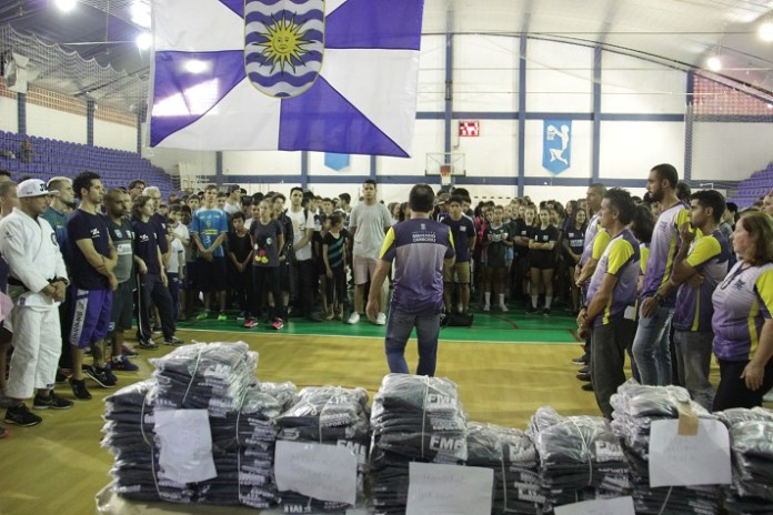 Entrega uniformes atletas Ivan Rupp 10 05 2018 68