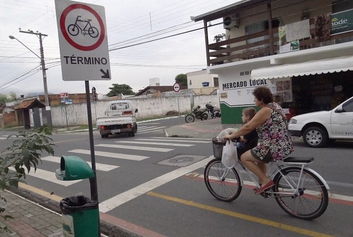 FUMTRAN reforço sinalização 11 05 18 Foto Beatriz Nunes 2