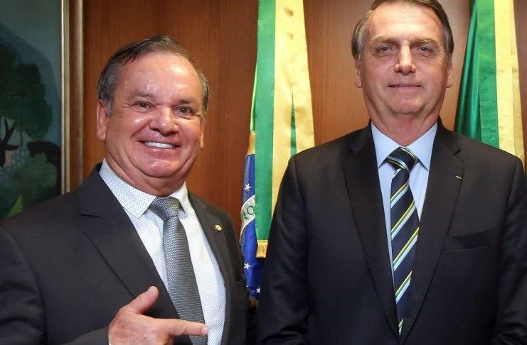 Peninha e Presidente Bolsonaro