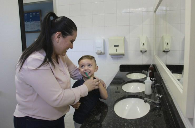 Programa oferece saúde bucal para bebês