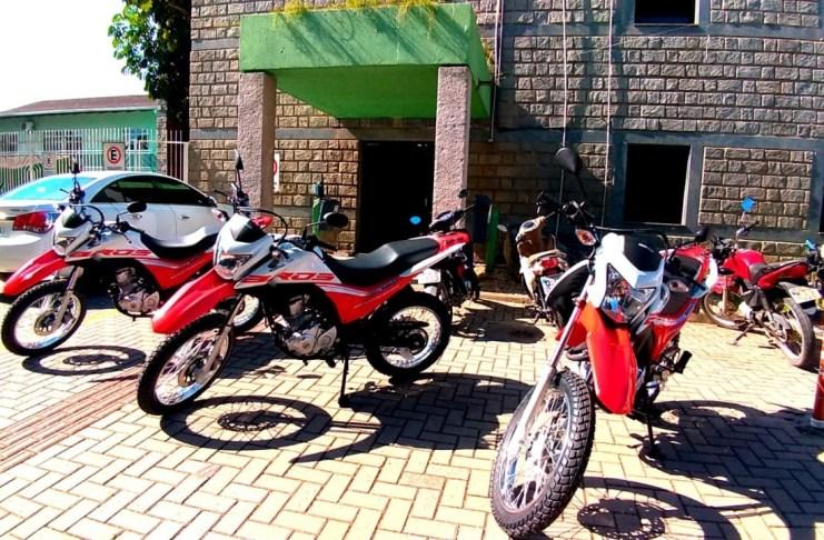 Prefeitura de Camboriú recebe três novas motocicletas