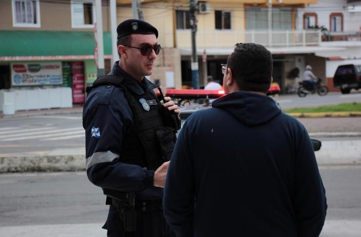 Policiamento comunitário chega ao bairro Municípios