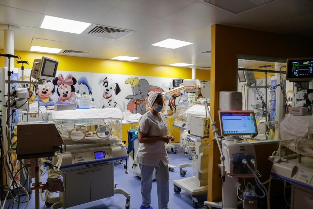 2021-05-05t142310z-915431033-rc2q9n9qtpch-rtrmadp-3-mali-nonuplets Em caso raríssimo, mulher do Mali dá à luz 9 bebês