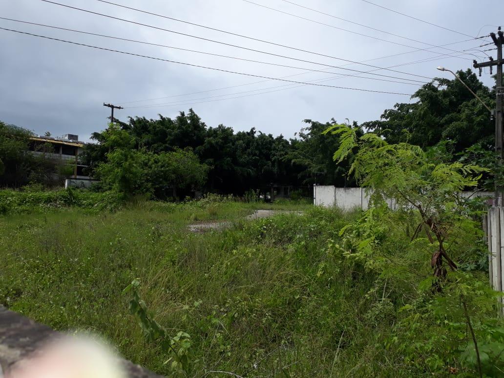 caic mangabeira clickpb 4 - RETRATO DO ABANDONO: Após quase oito anos CAIC de Mangabeira preocupa vizinhos que temem invasão
