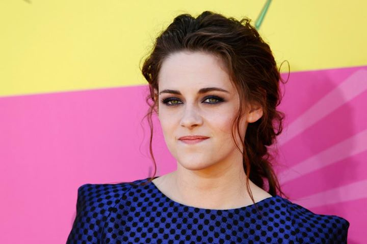 Free 50 HD Astounding wallpapers of Sizzling Kristen Stewart