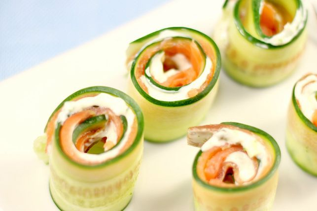 Healthy recipe of cucumber and smoked salmon roll-ups.