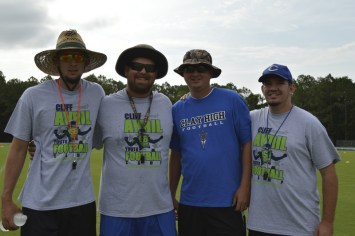 cliff_avril_2013_football_camp_9