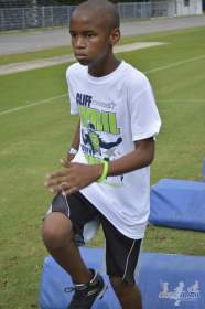 cliff_avril_2013_football_camp_103