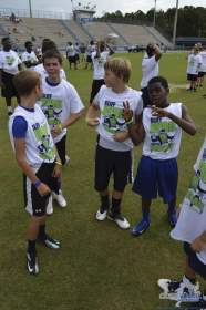cliff_avril_2013_football_camp_125