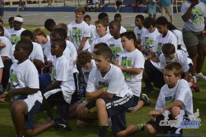 cliff_avril_2013_football_camp_24