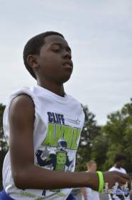 cliff_avril_2013_football_camp_48