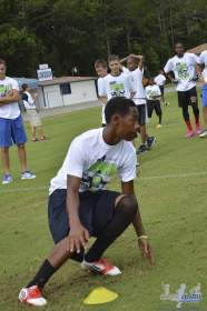 cliff_avril_2013_football_camp_98
