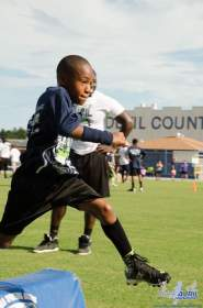 Cliff_Avril_Football_Camp_08