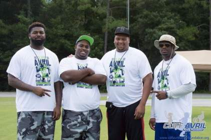 Cliff_Avril_Football_Camp_27
