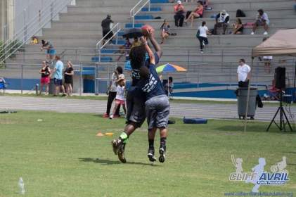 Cliff_Avril_Football_Camp_32