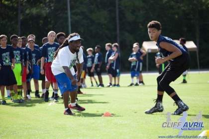 Cliff_Avril_Football_Camp_52