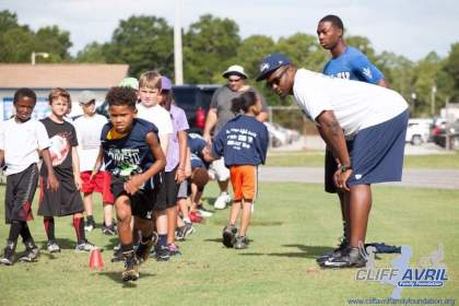 Cliff_Avril_Football_Camp_53