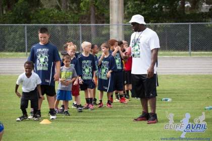 Cliff_Avril_Football_Camp_58