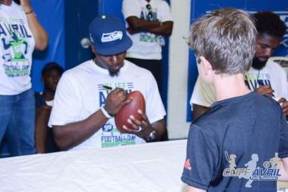 Cliff_Avril_Football_Camp_85