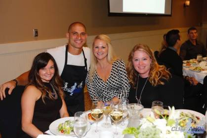 2015_Dining_to_Make_a_Difference_61