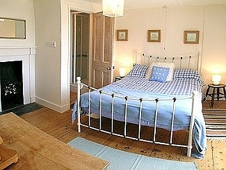 Cliff Cottage Mevagissey main bedroom