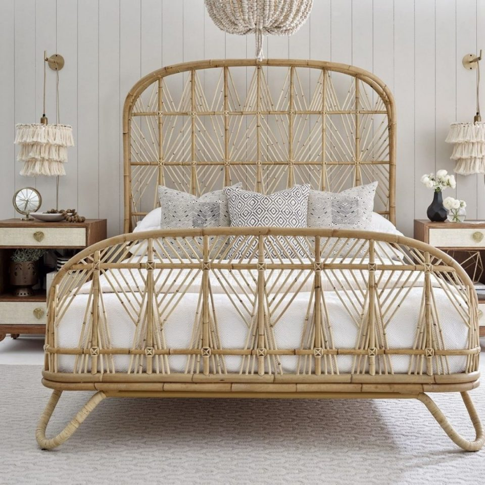 Big Size Rattan Bed