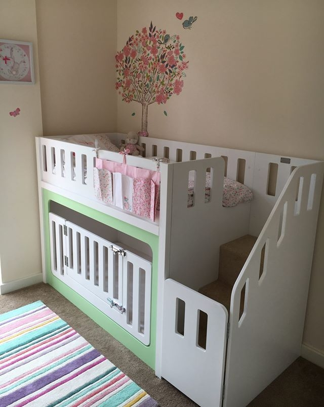 toddler bunk beds with small door