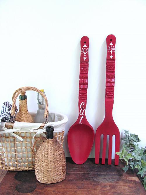 giant fork and spoon makeover with chalky finish project