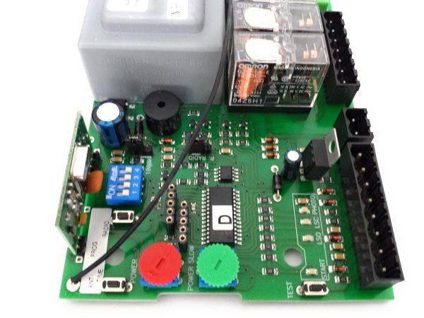 Euro M1 230 Mini cuadro universal motor corredera