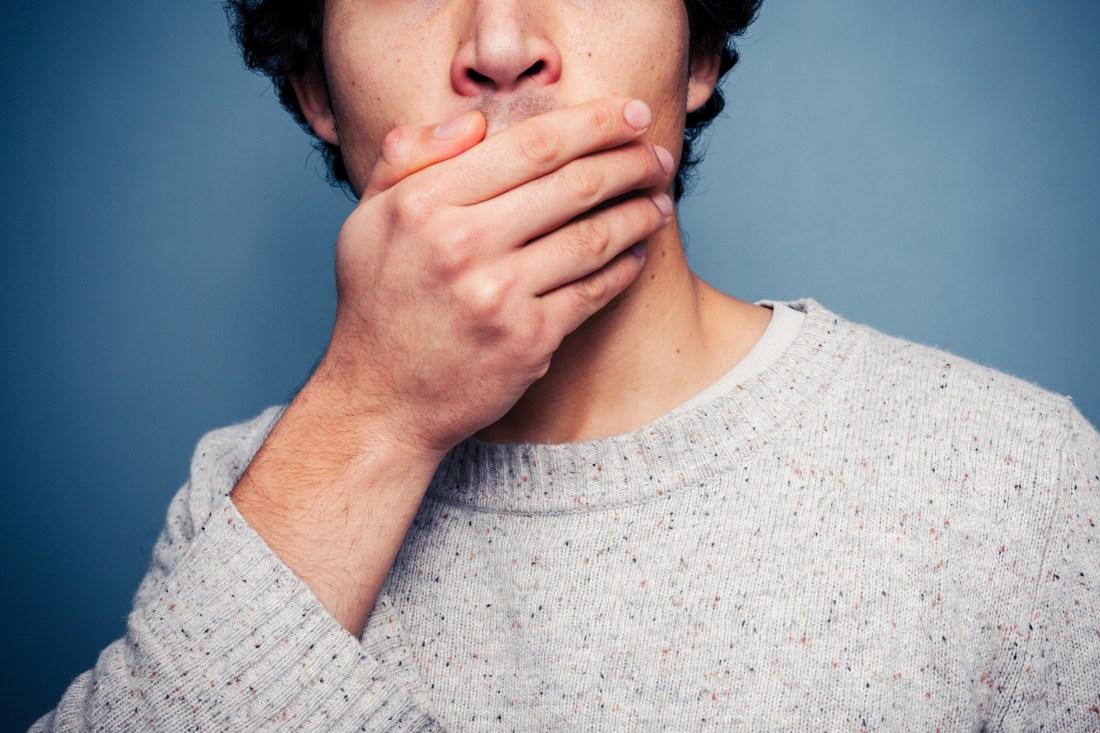 Manchas en los dientes: ¿cómo podemos acabar con ellas?