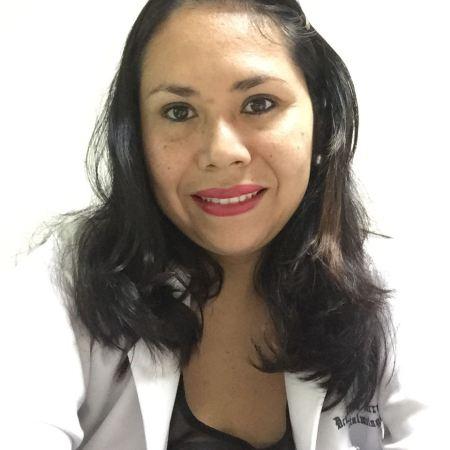 Dra. Diana Carreño Cevallos