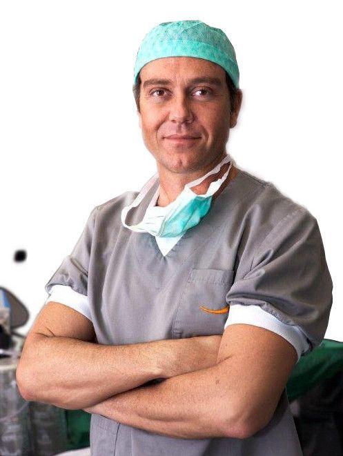 Dr Sanza en quirofano