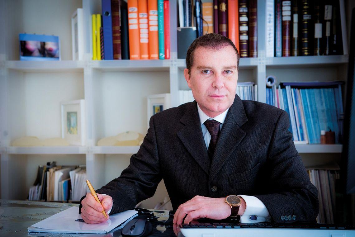Dr Ignacio Sanza