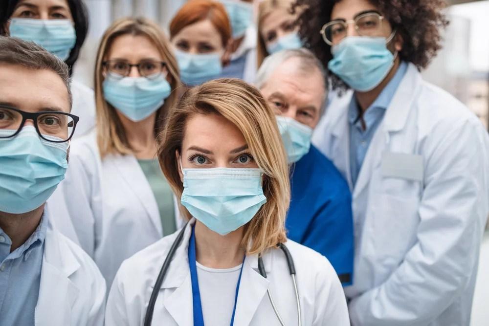 personal médico coronavirus