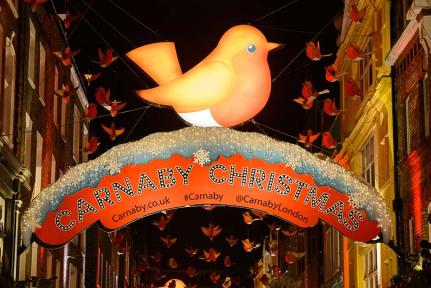 christmas-lights-in-carnaby-street-136385973276102601-131218134856
