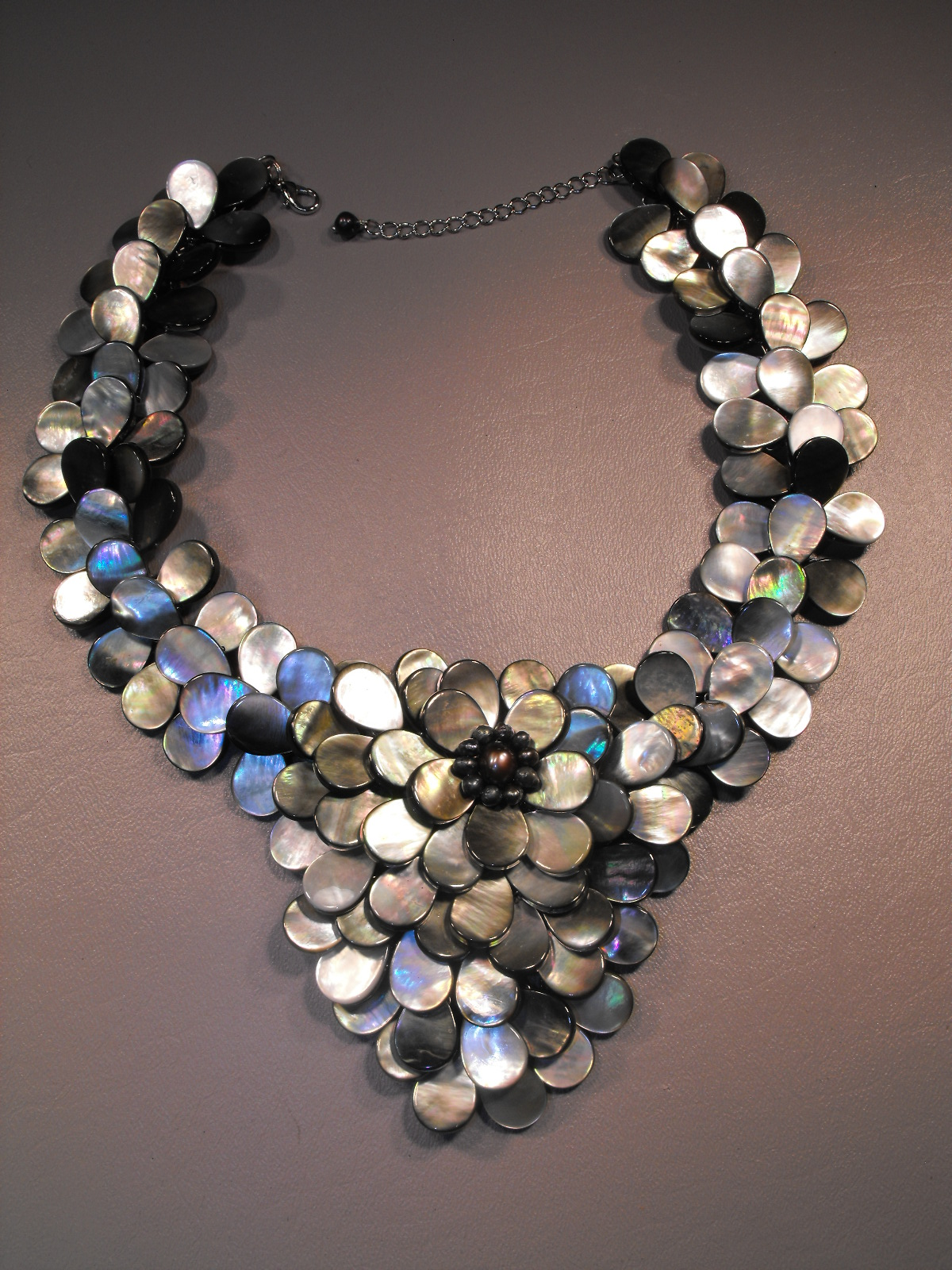 Necklace Emerald Black And