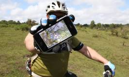 Mountain biker with phone and ViewRanger