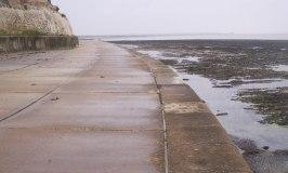 Sea wall promenade