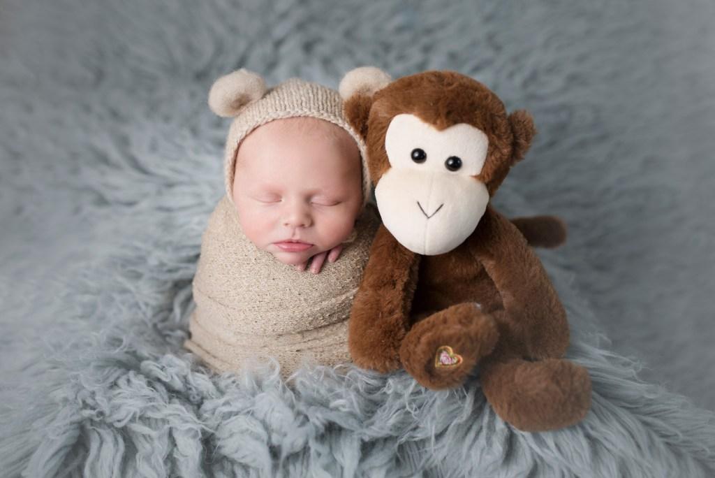 meaningful newborn images, newborn photographer, dallas newborn photographer, CLJ Photography