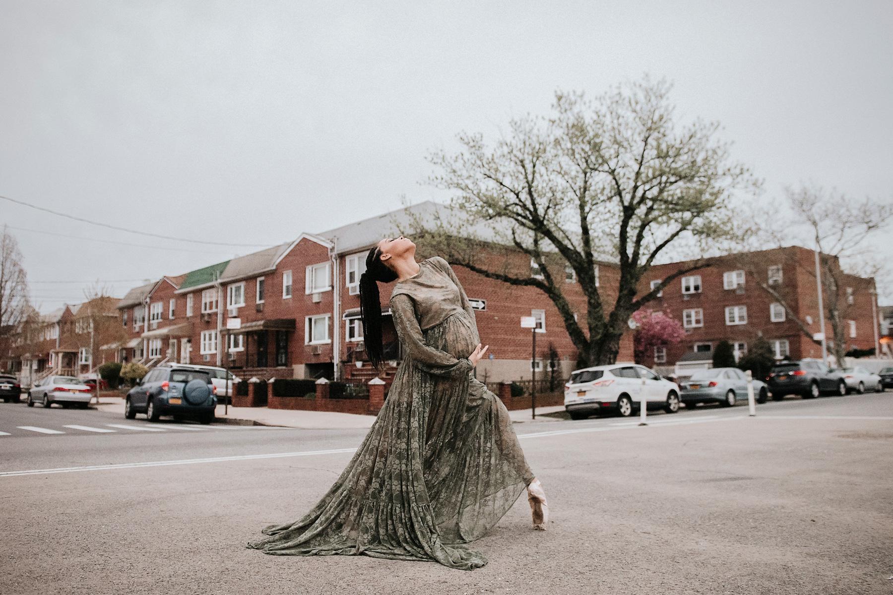 otographer, Babymoon Photographer, Travel Photographer, Destination Photographer, Luxury Maternity Photographer, NYC Maternity Photographer, Brooklyn Maternity Photographer, PRegnancy Dancer Photo Shoot
